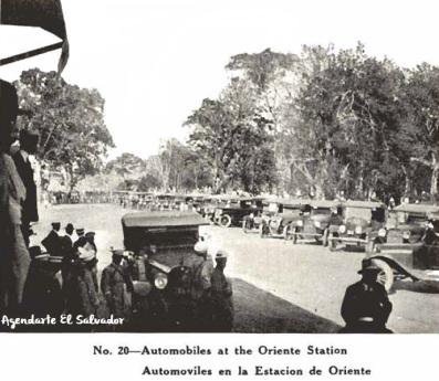Automoviles en la Estacion de Oriente, El Salvador