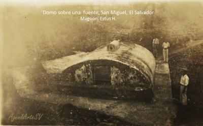 Domo sobre una fuente, San Miguel, El Salvador