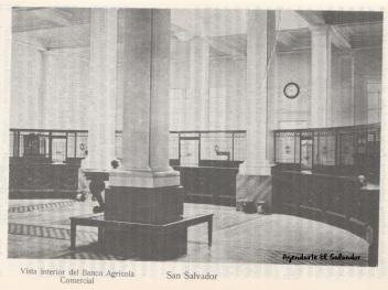 Vista interior del Banco Agricola Comercial, San Salvador