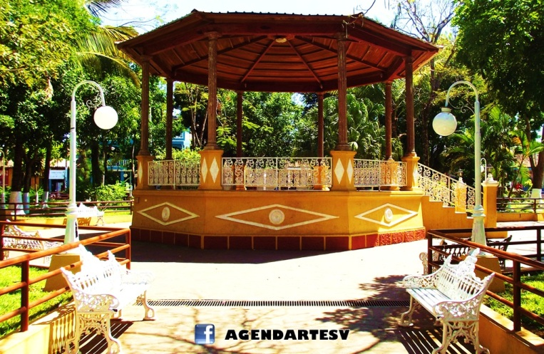 Parque central de sensuntepeque