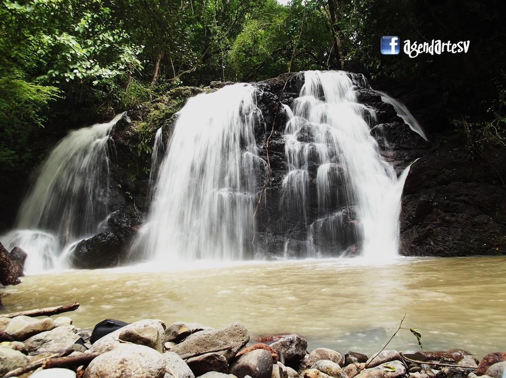 Cascada La Bruja, Cinquera, Cabañas, El Salvador
