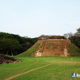 Piramide principal, Cihuatan, El Salvador