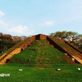 Piramide principal P7, Cihuatan, Aguilares, El Salvador