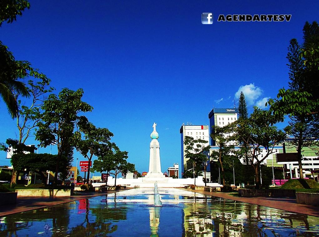 Plaza Salvador del Mundo, El Salvador